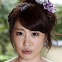 AV女優・篠田涼花 (しのだすすか)
