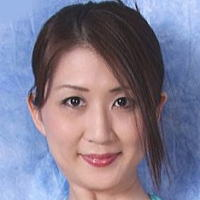 AV女優・吉岡奈々子 (よしおかななこ)