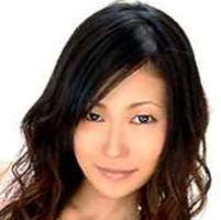 AV女優・小峰由衣 (こみねゆい 中川美由紀)