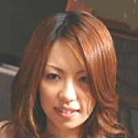 AV女優・日夏ともえ (ひなつともえ)