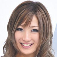 AV女優・AIKA (あいか)