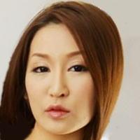 AV女優・成宮祐希 (なりみやゆうき 佐藤茉莉)