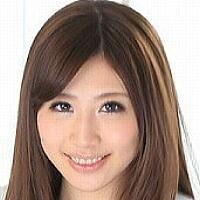 AV女優・神尾舞 (かみおまい)