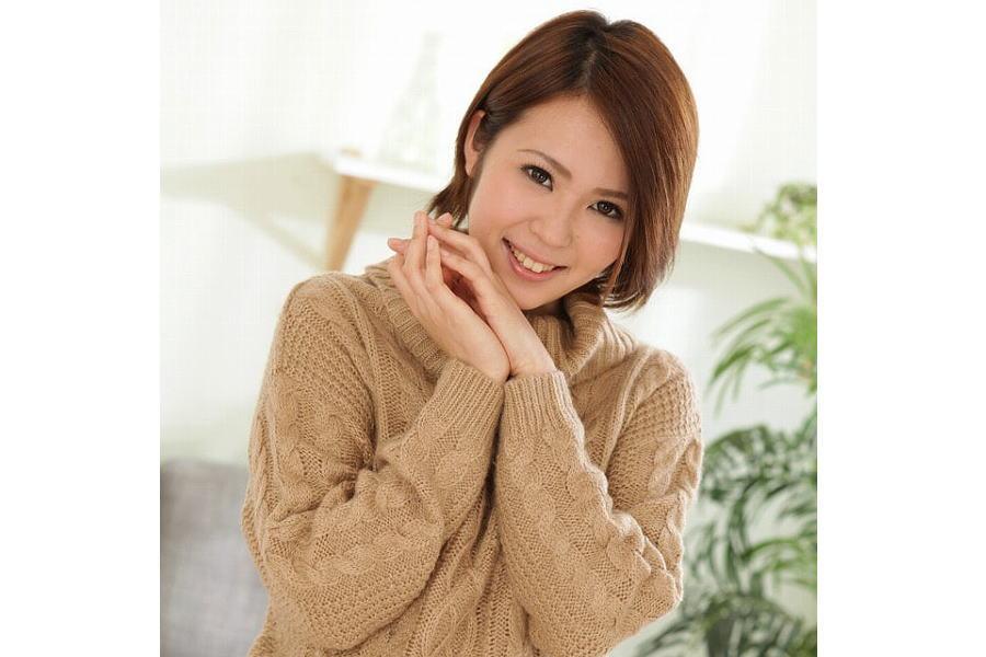 AV女優・蒼井くるみ (あおいくるみ)